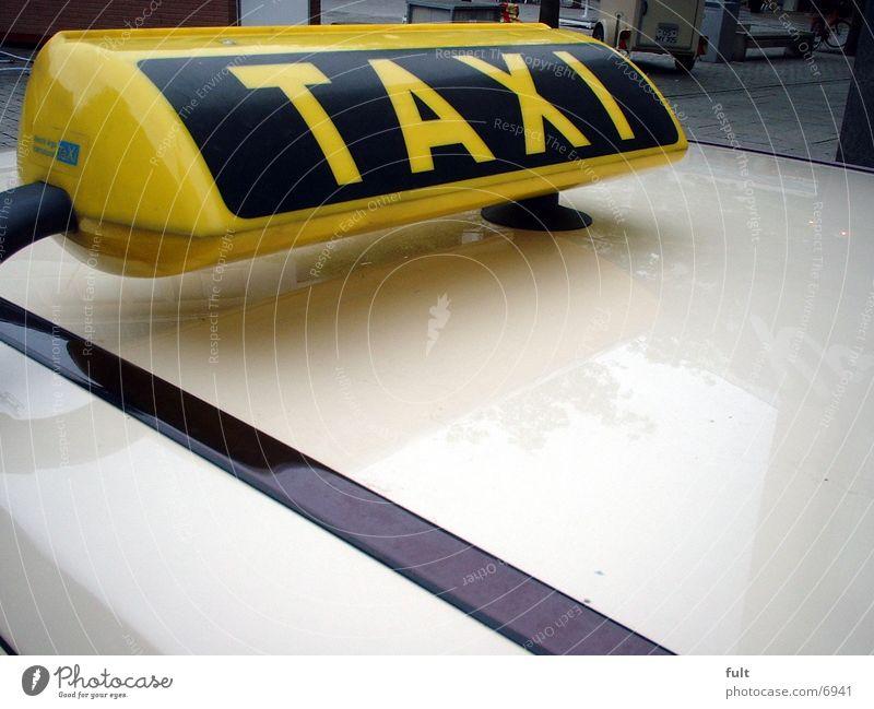 Taxi PKW Verkehr Dach Dienstleistungsgewerbe Lack