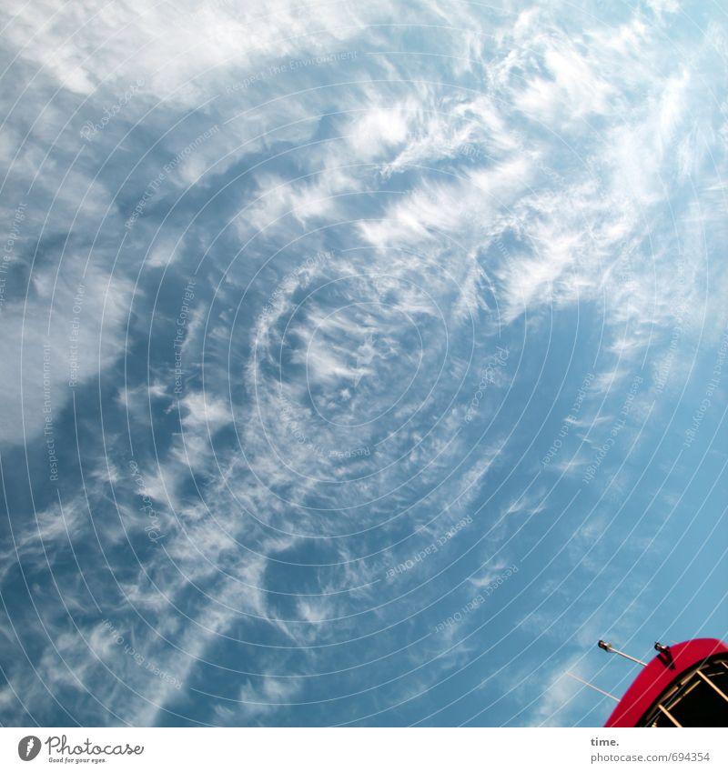 besoffen vom Himmel Ferien & Urlaub & Reisen blau rot Wolken Freude Leben Gefühle Wege & Pfade Frühling Freiheit Wind Schönes Wetter bedrohlich