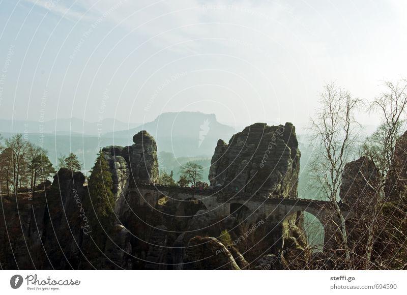 Postkartenmotiv III Ferien & Urlaub & Reisen Landschaft Ferne Berge u. Gebirge Freiheit außergewöhnlich Felsen Horizont Idylle groß Tourismus wandern Ausflug