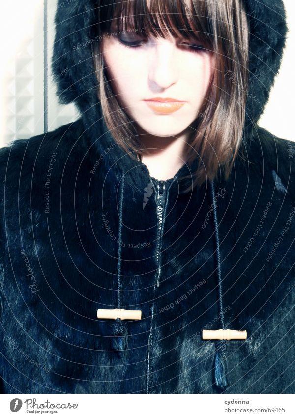 Im Wolfspelz VIII Kosmetik Frau Stil Model Porträt Jacke Haare & Frisuren retro Lippenstift tierisch schön session Mensch Kontrast Blick Gesichtsausdruck Kopf