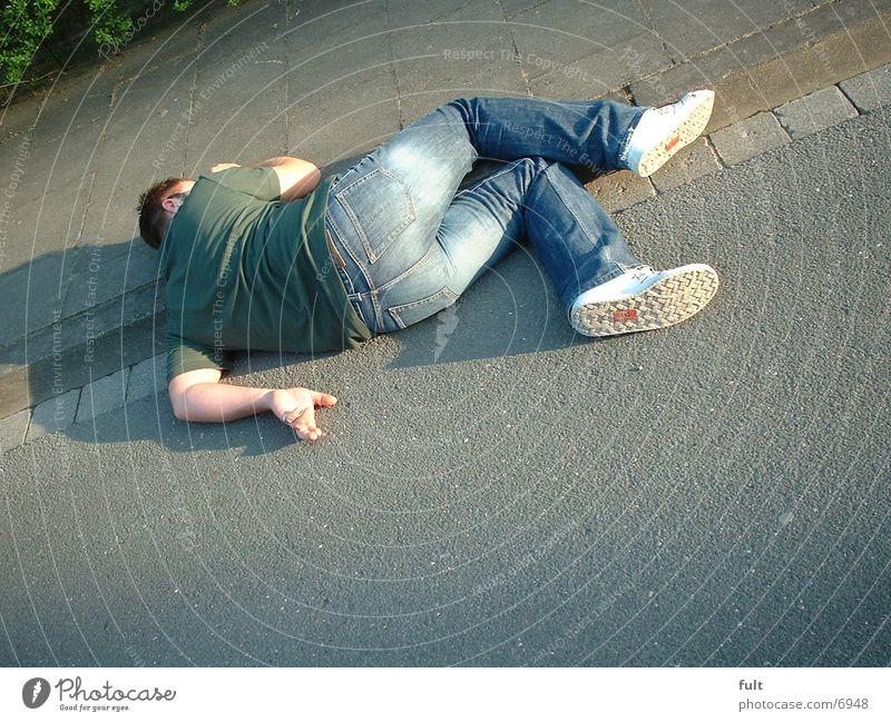 Opfer Mann Sturz Unfall Bewusstseinsstörung