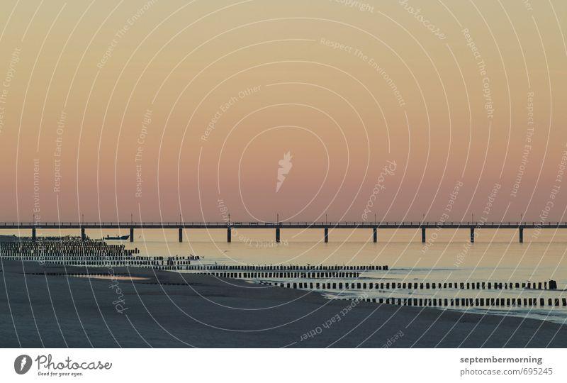 Am Ende des Tages Wasser Himmel Küste Ostsee orange Romantik ruhig Farbfoto Außenaufnahme Menschenleer Abend Sonnenaufgang Sonnenuntergang