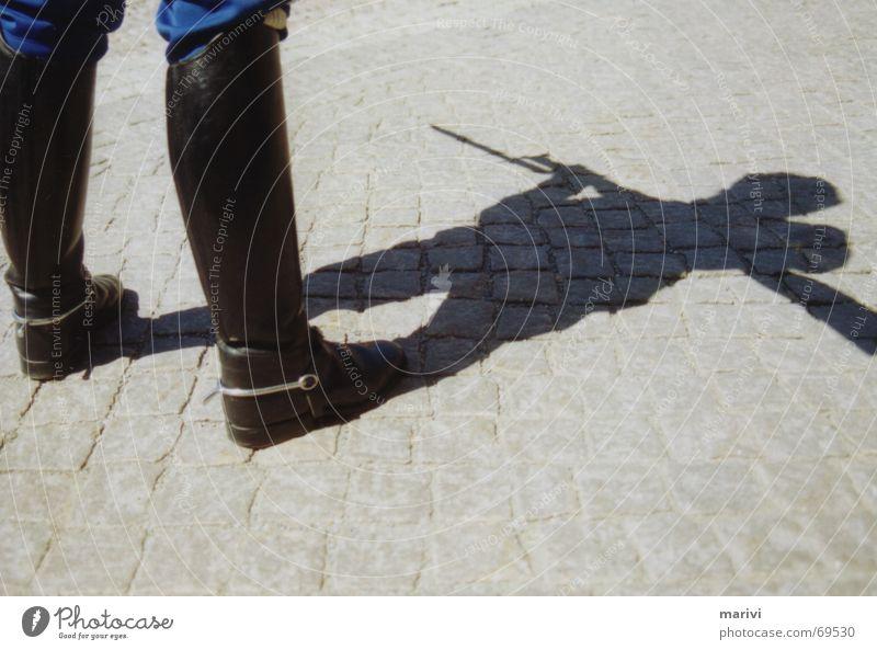 Schattenkämpfer Sommer Stiefel Soldat Schweden Waffe Armee Stockholm Gewehr Sporen
