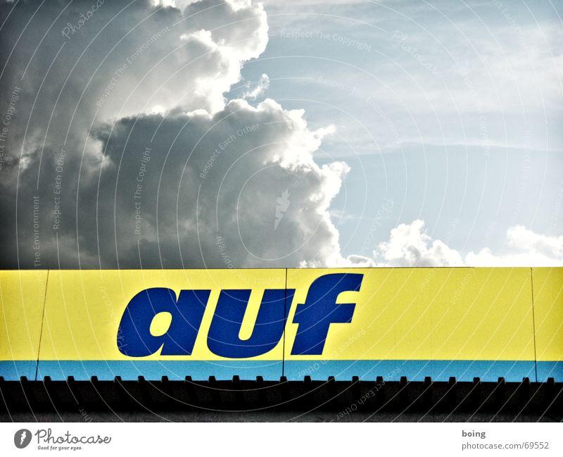 """auf auf - Teil 1 von 2 sec. PAL Film """"Wolken ziehen vorüber"""" Himmel offen Schriftzeichen Wachstum kaufen Buchstaben Reinigen Werbung entdecken Sammlung"""