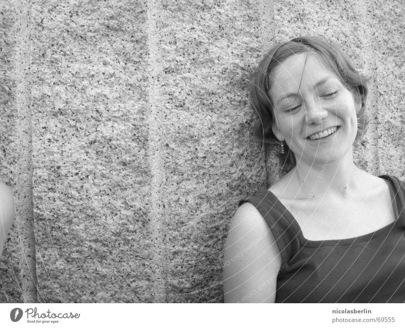 warum nicht? Frau weiß Freude schwarz Leben Freiheit Glück lachen lustig Vertrauen