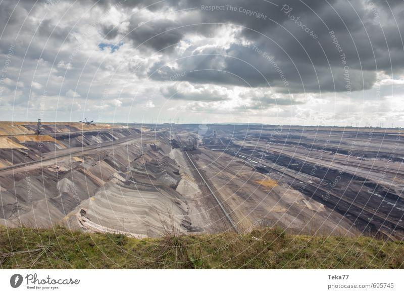 Garzweiler 5 Maschine Technik & Technologie Energiewirtschaft Kohlekraftwerk Energiekrise Industrie Umwelt Natur Landschaft Klima Klimawandel Hügel Kraft