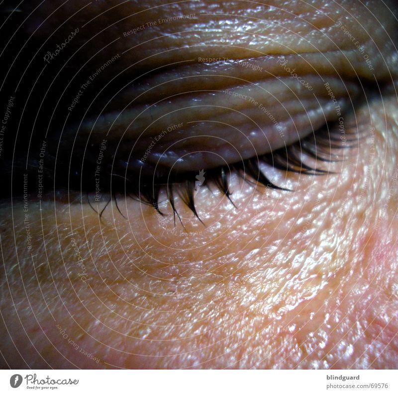 Männer weinen nicht Mensch Mann ruhig Erwachsene Auge Leben Traurigkeit Gefühle Angst Haut Trauer Leidenschaft Schmerz Verzweiflung Sorge feucht