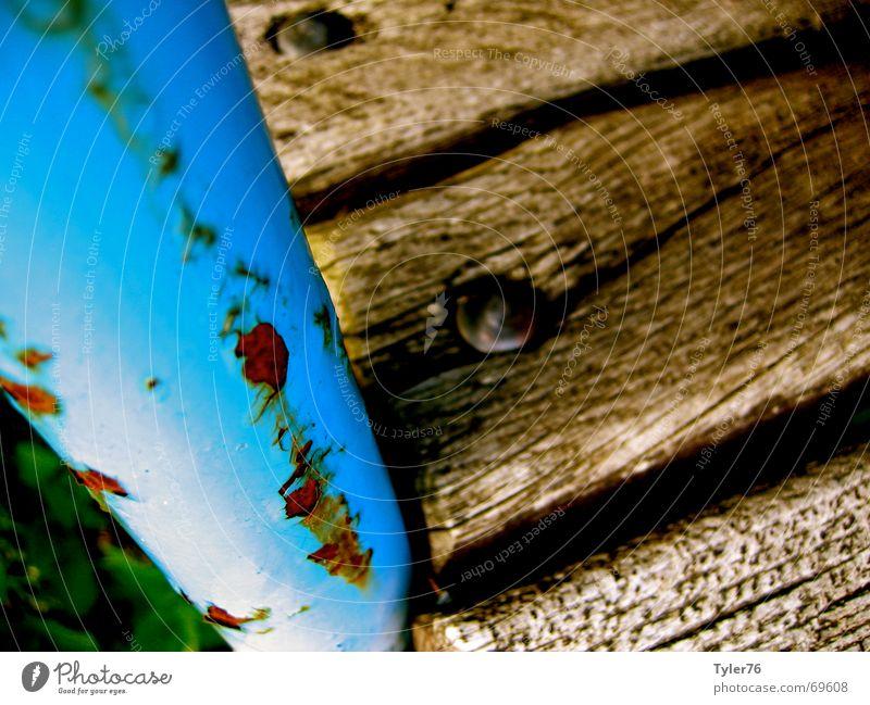 rostige Bank blau Holz verfallen Rost Riss Maserung hellbraun
