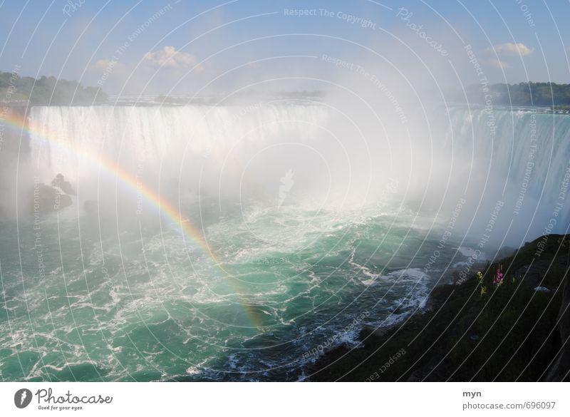 Niagara Fälle I Wasser Himmel Sommer Fluss Wasserfall Geschwindigkeit Regenbogen Horseshoe Falls Kanada USA Weltkulturerbe Ausflugsziel Gischt spritzen