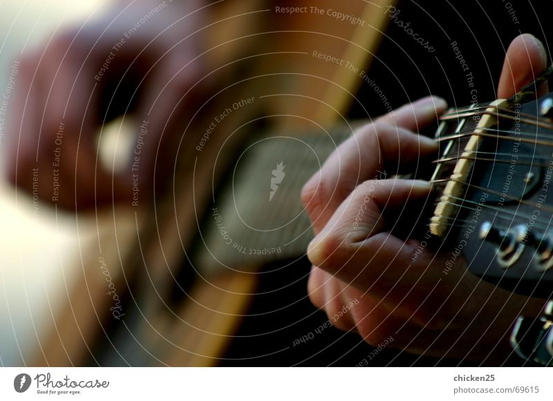spiel mir ein lied Hand Lied laut ruhig Musik guitare Rockmusik Klang Musikinstrument