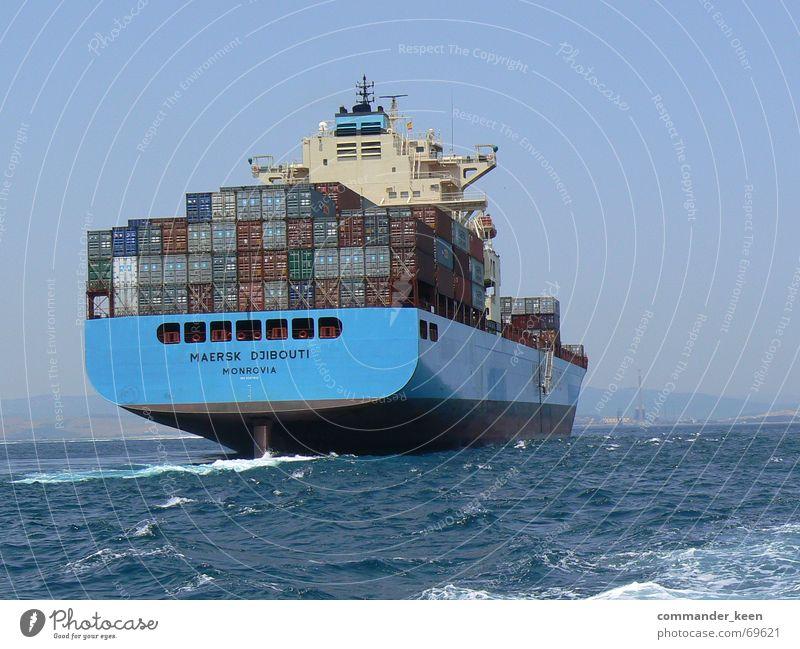 Gi- Gi- Gibraltar Wasserfahrzeug Meer Macht groß Stahl Außenaufnahme Container Ware Hafen blau gigantisch getüm
