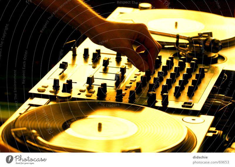 Dj-Set Disco Diskjockey liegen Schallplatte Plattenspieler turntables Plattenteller
