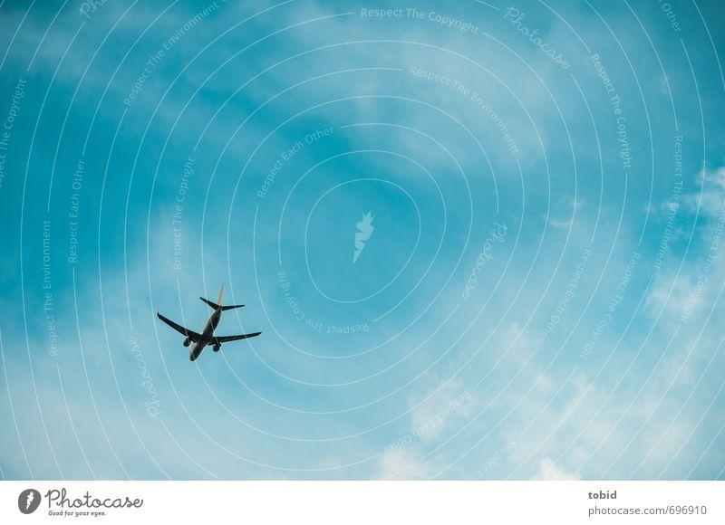 Far far away ... Ferien & Urlaub & Reisen Tourismus Freiheit Sommer Luftverkehr Himmel Wolken Verkehr Verkehrsmittel Flugzeug Passagierflugzeug Unendlichkeit