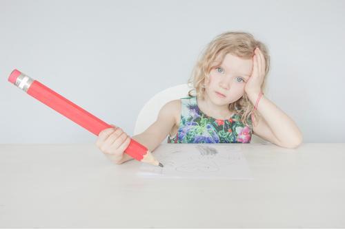 ....lieber Max Kindererziehung Bildung Kindergarten Schule lernen Schulkind Mensch Kindheit Leben Schreibstift Brief Denken schreiben sparen träumen Traurigkeit