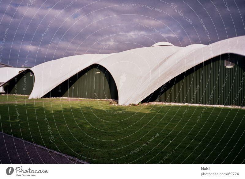 CIS Tenniscenter Haus Gebäude Architektur Beton Bauwerk Solothurn