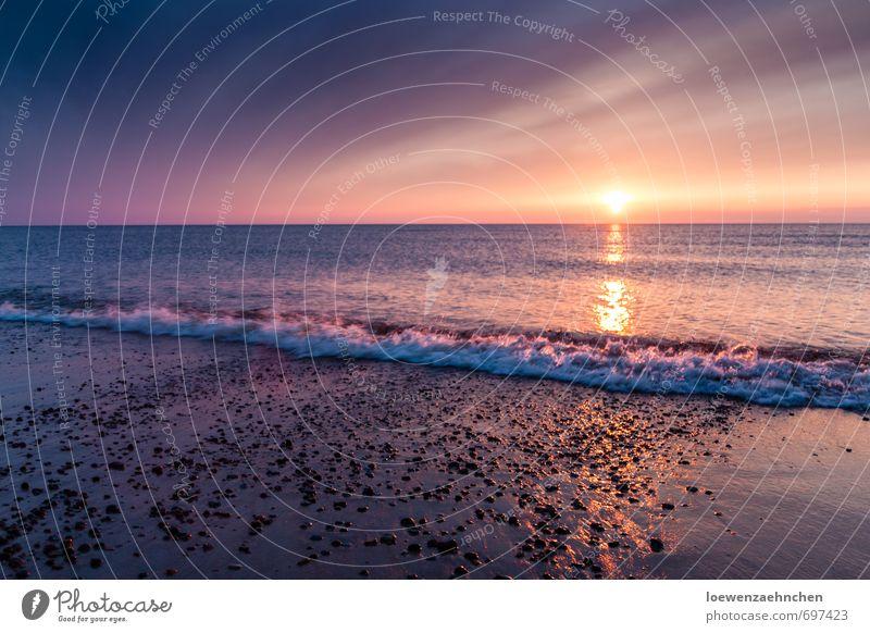 Wie die Sonne im Meer versinkt Himmel Natur Ferien & Urlaub & Reisen schön Wasser Erholung ruhig Strand Küste Frühling träumen Wellen Kraft Idylle