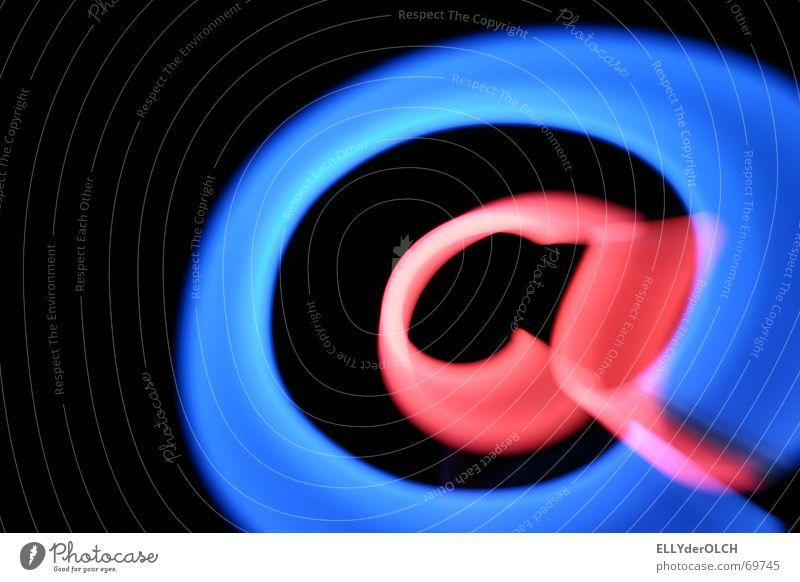 @ N!te Altes Testament E-Mail Post Elektrisches Gerät Neonlicht Lampe rosa schwarz Nacht Zoomeffekt Geschwindigkeit DSL Netzwerk Medienrummel Kommunizieren