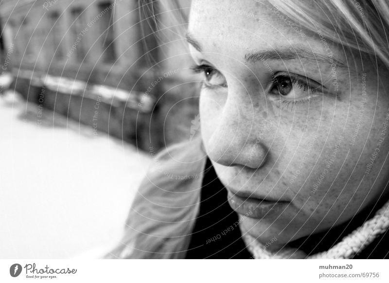 Traurig vor Kälte Fragen Trauer blond Fabrik Ringethal Traurigkeit Blick Auge winter fabrik Landkreis Mittweida Nase