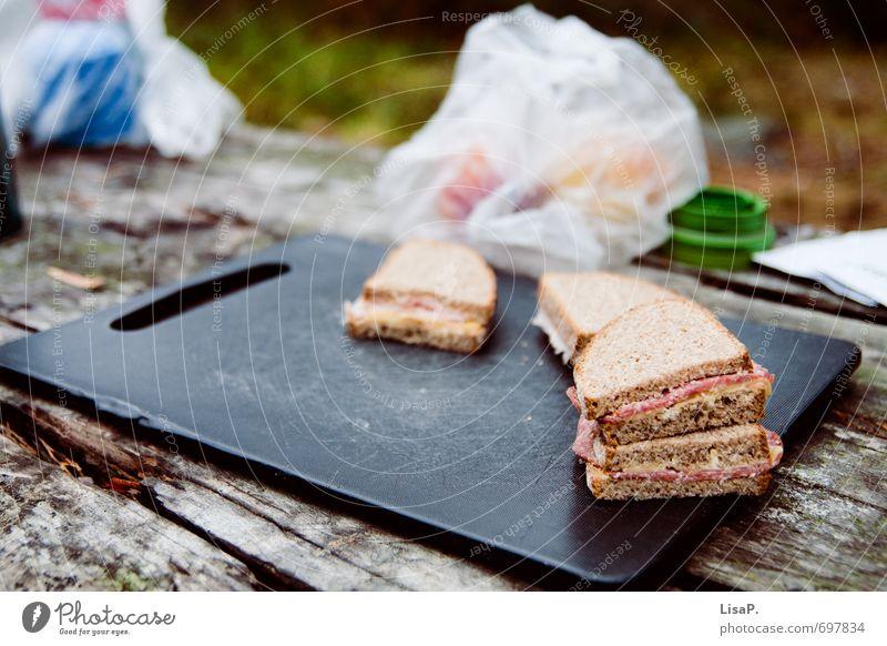 Stullchen Natur Ferien & Urlaub & Reisen Erholung Holz Essen wandern Ausflug Ernährung Pause Camping Brot Backwaren Picknick Teigwaren Schneidebrett Plastiktüte