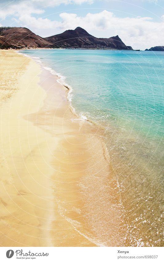 Sommersonnenstrand Ferien & Urlaub & Reisen Sommerurlaub Strand Meer Insel Wellen Natur Landschaft Sand Wasser Himmel Wolken Bucht blau gelb Fernweh Farbfoto