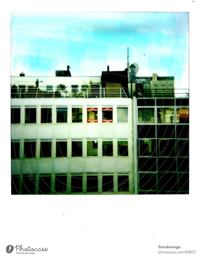 househeaven Hochhaus Haus Fenster Dach Dachgarten Stadt retro Himmel Polaroid