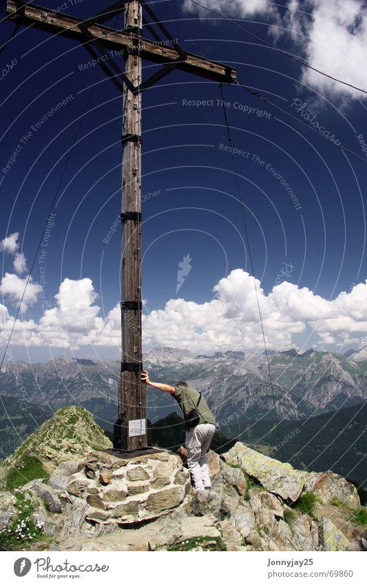 Gipfelstürmer Himmel blau Wolken Berge u. Gebirge wandern Aussicht Klettern Alpen Gipfel Österreich Bergsteigen