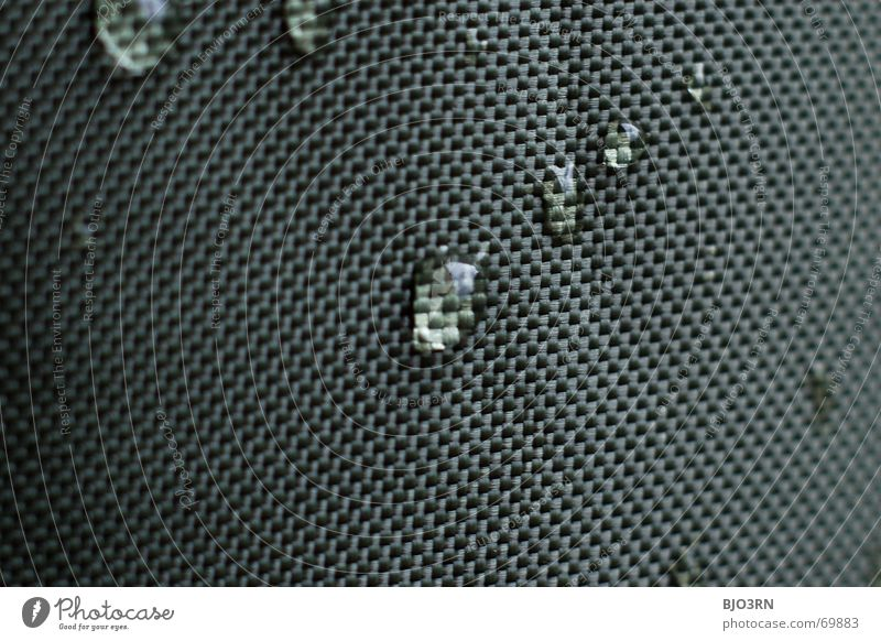 drops on canvas #01 Wasser grün Farbe Regen Stoff feucht Vorhang Mikrofon graphisch Knoten Format quer Produkt Querformat dunkelgrün Bildraum