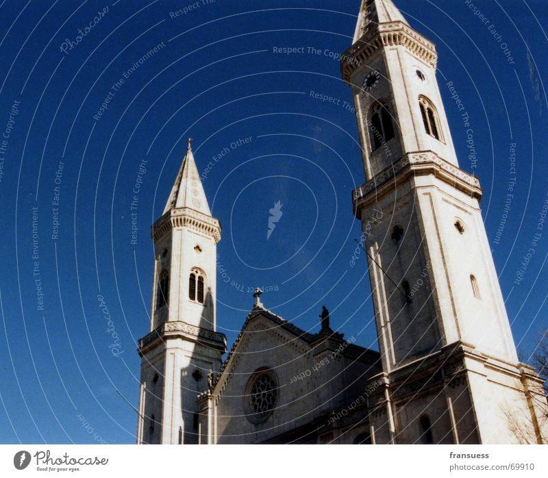 ludwigskirche Himmel weiß blau Gebäude Religion & Glaube Deutschland Studium München Bayern Gott Götter Katholizismus St. Ludwig
