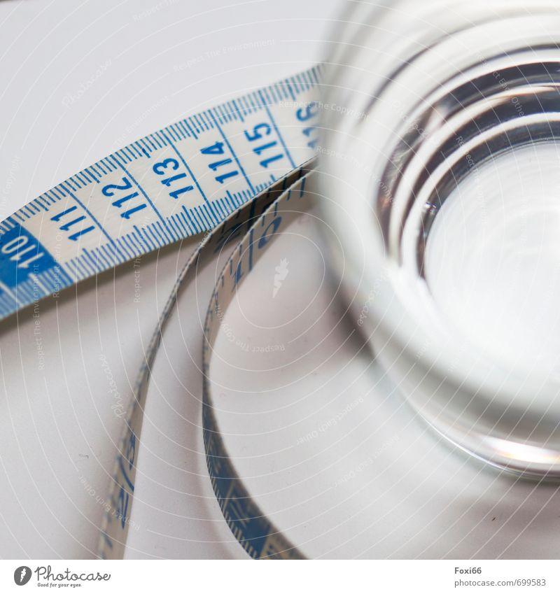 auf unsere Gesundheit blau schön weiß Wasser kalt Gesunde Ernährung Glas Energie frisch Trinkwasser Getränk Fitness Reinigen trinken