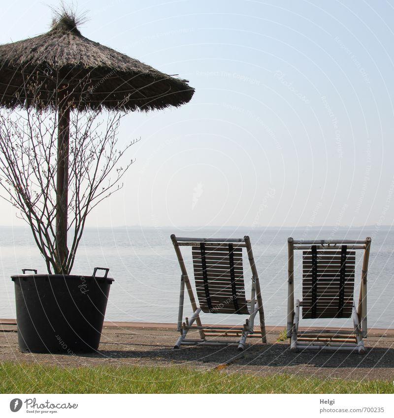 mit Seeblick... Natur Ferien & Urlaub & Reisen blau Einsamkeit Erholung Landschaft ruhig Ferne Umwelt Frühling grau braun Stimmung Horizont Freizeit & Hobby