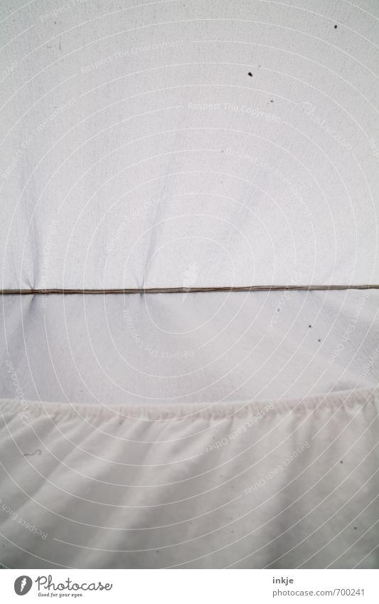 Trockenheit Wäscheleine spannbettlaken Bettlaken Linie hängen außergewöhnlich oben trocken weiß rein trocknen aufhängen quer Innerhalb (Position) Farbfoto
