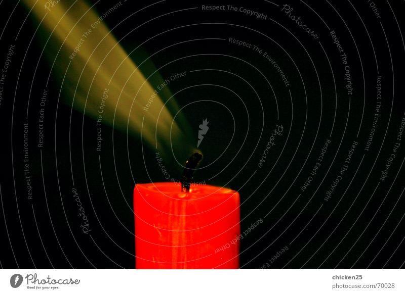 schall und rauch rot kalt Wärme Luft Nebel Wind Brand Kerze Rauch Vergangenheit Kerzendocht
