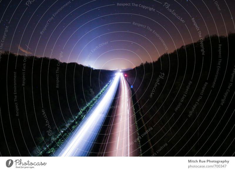 Dem Himmel entgegen Wolkenloser Himmel Nachthimmel Schönes Wetter Menschenleer Brücke Verkehr Verkehrsmittel Verkehrswege Berufsverkehr Straße Autobahn Fahrzeug