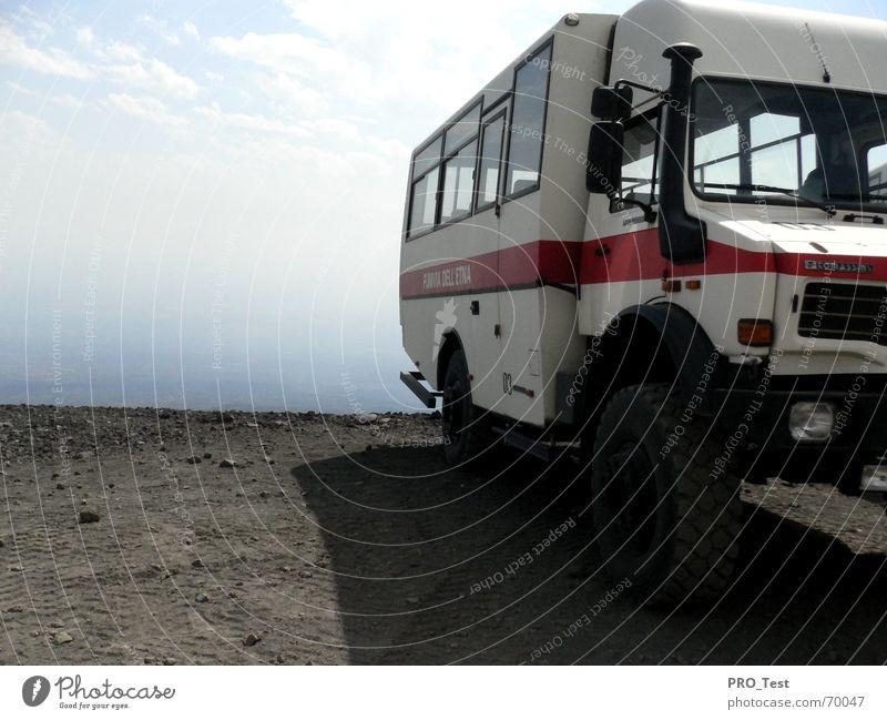 Truckstop Himmel Berge u. Gebirge Niveau Italien Lastwagen Brandasche Lava Sizilien