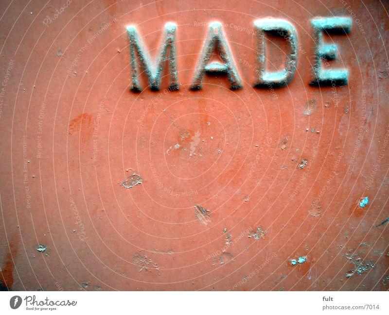 Made Stahl rot Stil Dinge