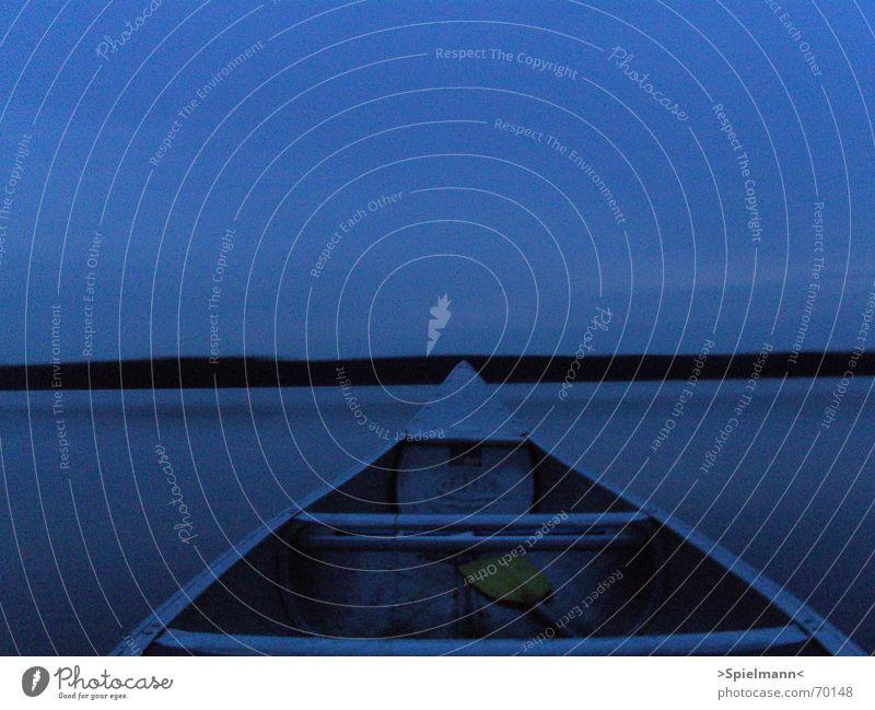 Windstill Abend Kanu See ruhig Windstille Schweden Wasser Fisch Abenddämmerung Himmel erhohlung entspannung außenaufnahme vom kanu aus. belichtungszeit 8 sec