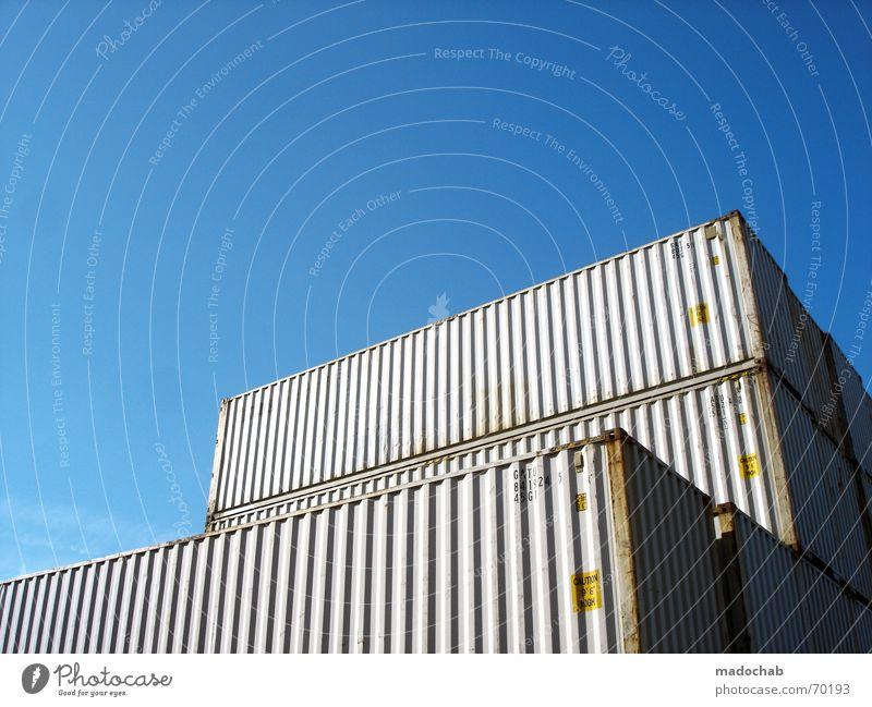 UMZUG STEHT AN | umzug container kisten lagern stapeln umzug Himmel blau Wasserfahrzeug Güterverkehr & Logistik Umzug (Wohnungswechsel) Symbole & Metaphern Schönes Wetter Container Ware Lager Versand Ladung