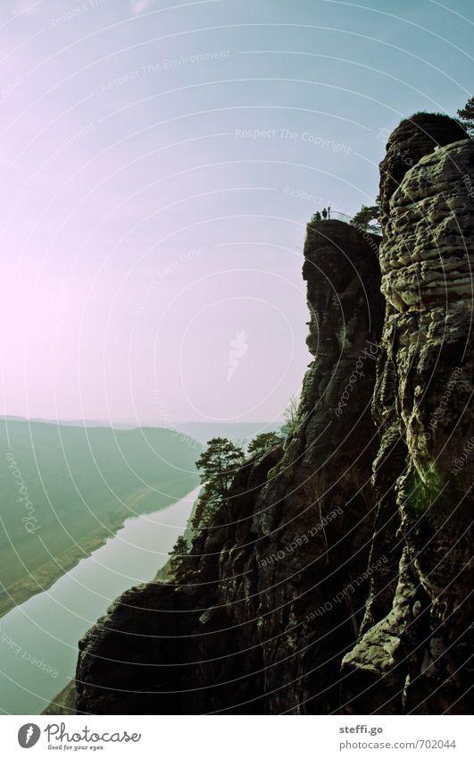 Elbblick Ferien & Urlaub & Reisen Tourismus Ausflug Abenteuer Ferne Freiheit Klettern Bergsteigen wandern Mensch Natur Landschaft Hügel Felsen Berge u. Gebirge