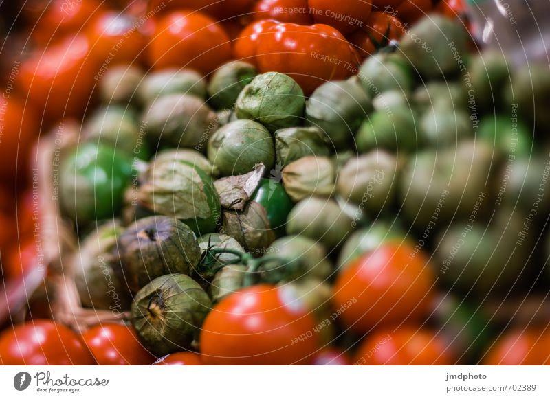 Grün Rote Tomaten Natur grün Pflanze rot Leben Gesundheit Lebensmittel Lifestyle Frucht Ernährung kaufen Gemüse Bioprodukte Fressen Diät