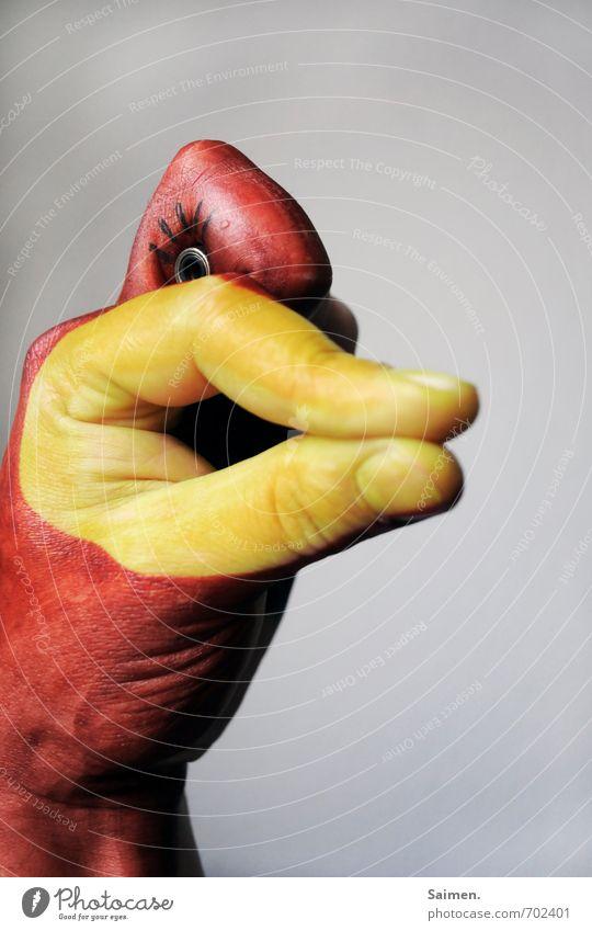 HandEnte Tier Freude Idee Inspiration Kunst gemalt bemalt Auge Kreativität malen Schnabel Finger Comic Comicfigur Vogel lustig Arme Farbfoto Innenaufnahme