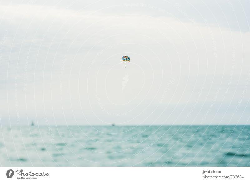 ich fliiiiiiieeeeeeege! Ferien & Urlaub & Reisen Wasser Sommer Sonne Meer Ferne Strand Sport Freiheit Luft Angst Freizeit & Hobby Wellen Tourismus Insel Ausflug