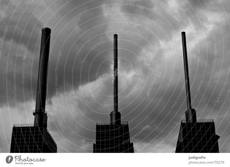 Zu dritt weiß Wolken schwarz Wärme Turm Wahrzeichen Schornstein Hannover Stromkraftwerke Heizkraftwerk Linde