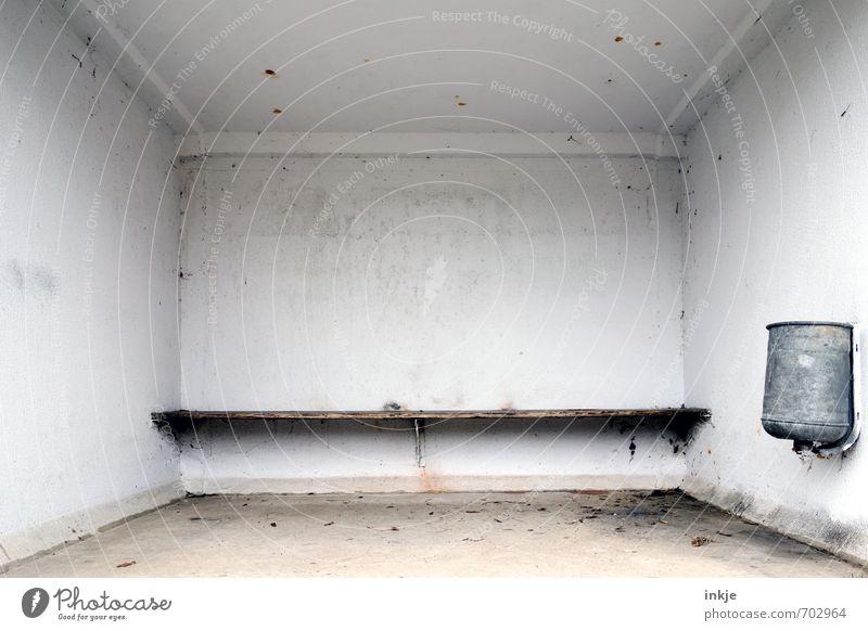 schöner warten Menschenleer Architektur Warteraum Wartehäuschen Müllbehälter Verkehr Verkehrsmittel Personenverkehr Öffentlicher Personennahverkehr Busfahren