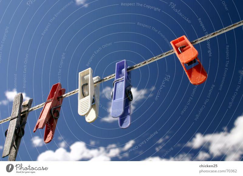 wäscheklammern Wäsche Klammer Wäscheklammern Wolken kluppe kluppen Himmel Seil Haushaltsführung