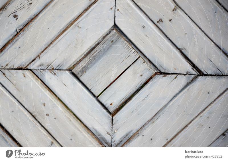geometrisch | Quadrat im Quadrat Häusliches Leben Tür Holz Linie grau Design Schutz Sicherheit Symmetrie Geometrie Gedeckte Farben Außenaufnahme Detailaufnahme