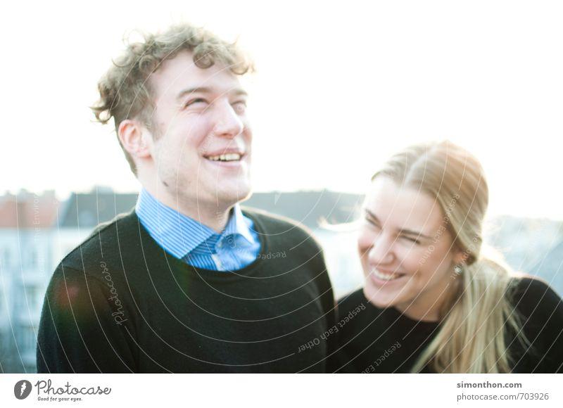 Spaß Mensch Jugendliche Freude Leben Gefühle Liebe Glück Paar Freundschaft Zusammensein Familie & Verwandtschaft Warmherzigkeit Lebensfreude Romantik Vertrauen