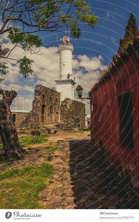 Leuchtturm in der Altstadt von Colonia, Uruguay Ferien & Urlaub & Reisen Pflanze Sommer Baum Erholung ruhig Wolken Ferne Wiese Stil Freiheit Stimmung Lifestyle