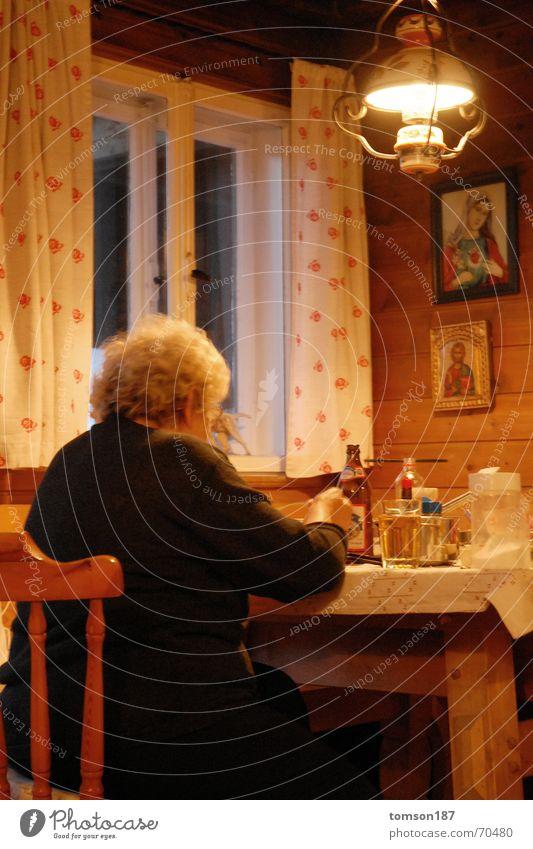 oma rockz 1 Ernährung Religion & Glaube trinken Wohnzimmer gemütlich Mahlzeit Bayern