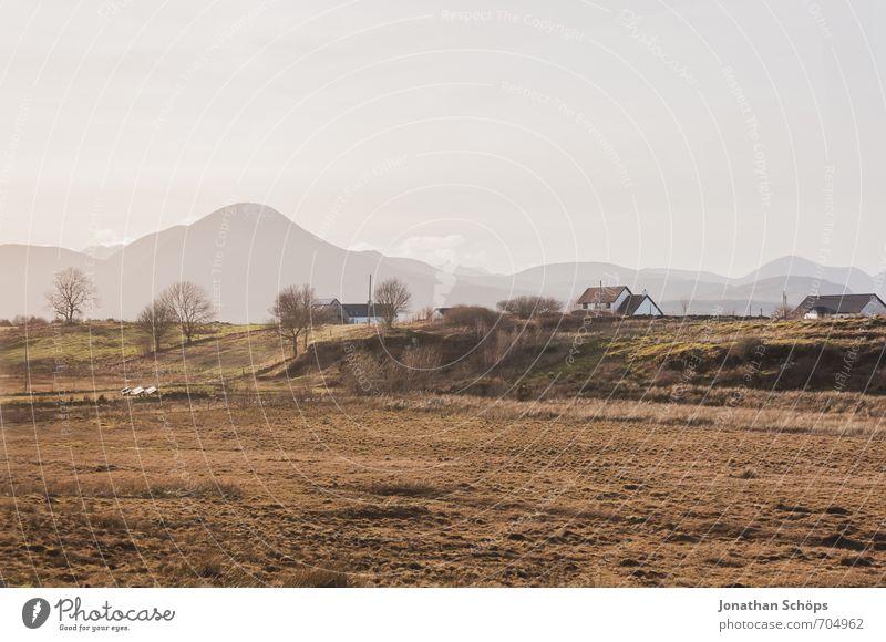 Isle of Skye V Himmel Natur Ferien & Urlaub & Reisen Landschaft ruhig Haus Umwelt Berge u. Gebirge Reisefotografie Freiheit natürlich Feld Häusliches Leben