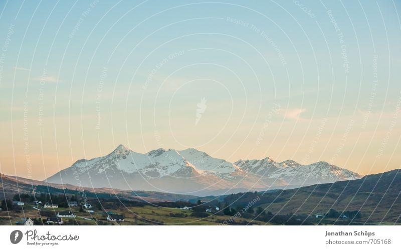 Isle of Skye VI Natur Ferien & Urlaub & Reisen Himmel (Jenseits) Landschaft Ferne Berge u. Gebirge kalt Umwelt Felsen Textfreiraum wandern Idylle Aussicht